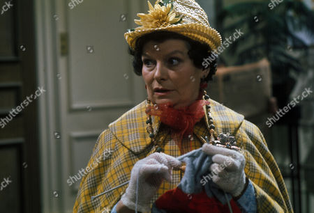 'Dawson's Weekly'  TV - 1975 - Les Miserables - Hilda Fenemore.