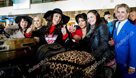 Dutch Singer Trijntje Oosterhuis (c) Poses Before Her Departure to Vienna at Schiphol Airport the Netherlands 10 May 2015 Oosterhuis Will Represent the Netherlands at the 60th Annual Eurovision Song Contest in Vienna Austria the Event's Final Will Be Held on on 23 May Netherlands Schiphol