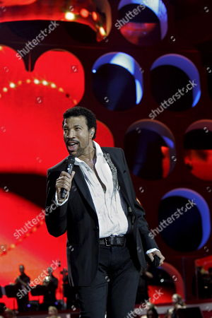 Us Singer Lionel Richie Rehearses in the Gelredome Stadium in Arnhem the Netherlands For His Symphonica in Rosso Concert 05 September 2008 Richie Will Perform with Several Dutch Artists As Candy Dulfer and Trijntje Oosterhuis and an Orchestra in Four Sold-out Concerts From 06 to 10 September Netherlands Arnhem