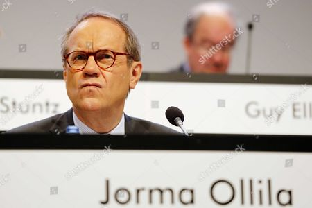 Jorma Ollila Non-executive Chairman of Royal Dutch Shell During the Annual General Shareholders Meeting at the Circustheater in the Hague the Netherlands 20 May 2014 Netherlands the Hague