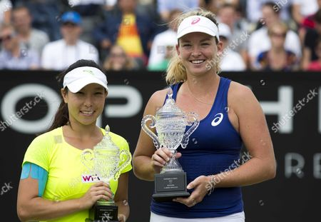 Us Coco Vandeweghe (r) with the Trophy After Defeating Chinese Jie Zheng (l) During the Final of the Topshelf Open in Rosmalen the Netherlands on Saturday 21 June 2014 Vandeweghe Defeated Chinese Jie Zheng in 2 Sets 6-2 6-4 Netherlands Rosmalen