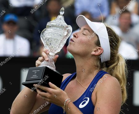 Us Coco Vandeweghe with the Trophy After Defeating Chinese Jie Zheng During the Final of the Topshelf Open in Rosmalen the Netherlands on Saturday 21 June 2014 Vandeweghe Defeated Chinese Jie Zheng in 2 Sets 6-2 6-4 Netherlands Rosmalen