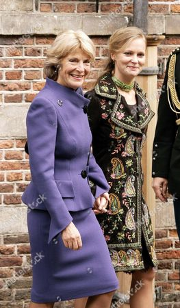 Dutch Princess Irene (l) and Her Daughter Maria-caroline Are Among the Guests who Attend the Wedding of Prince Floris and Aimee Sohngen at the City Hall of Naarden on Thursday 20 October 2005 the Wedding in Church Will Take Place in Naarden Next Saturday Prince Floris is the Fourth Son of Princess Margriet and Pieter Van Vollenhoven Netherlands Naarden