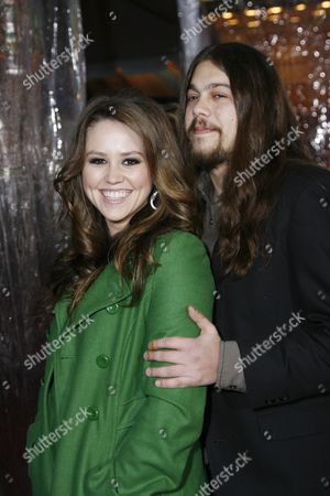 Jane Carrey and Alex Santana