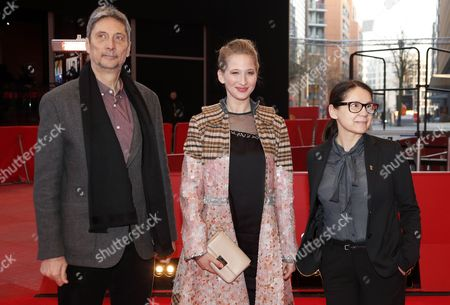 (L-R) Hungarian actor Geza Morcsanyi, Hungarian actress Reka Tenki and Hungarian director Ildiko Enyedi arrive for the premiere of 'Testrol es Lelekrol' (On Body and Soul) during the 67th annual Berlin Film Festival, in Berlin, Germany, 10 February 2017. The movie is presented in the Official Competition at the Berlinale that runs from 09 to 19 February.