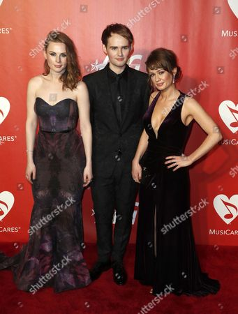US The Rua, Alanna Brown (L), Jonathan Brown (C) and Roseanna Brown (R) arrive for the MusiCares Person of the Year Tribute in Los Angeles, California, USA 10 February 2017. MusiCares Person of the Year Tibute honored US musician Tom Petty for his extraordinary creative accomplishments and significant charitable work.