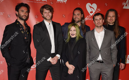 Jonathan Russell, Tyler Williams, Charity Rose Thielen, Chris Zasche, Kenny Hensley and Josiah Johns, The Head and The Heart