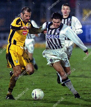 Belgrade Serbia Yugoslavia - Belgrade Partizan Player Vuk Rasovic (r) Struggles with Giuseppe Pancaro From Lazio During Their Late 05 November 1998 European Cup Winners Cup Match Lazio Beat Partizan with 3-2 Goals Epa-photo/epa/georgy Licovski/str/as/mda/ow Yugoslavia Belgrade
