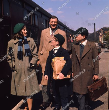Andrew Packett (as Matthew Flaxton) and Philip Baldwin (as Terry Nichols) with Victor Winding (as Benjamin Sweet) and Joanna Marie Jones (as Elizabeth Flaxton)