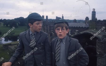 Andrew Packett (as Matthew Flaxton) and Philip Baldwin (as Terry Nichols) in the grounds of Ripley Castle (Flaxton Hall)