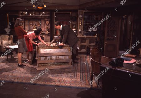 Andrew Packett (as Matthew Flaxton) and Philip Baldwin (as Terry Nichols), with Joanna Marie Jones (as Elizabeth Flaxton) and Victor Winding (as Benjamin Sweet)