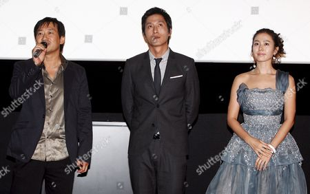 Director Jung Yoon-soo (l) and the Lead Actors of His Movie 'My Wife Got Married ' South Korean Actors Kim Joo-hyuk (c) and Sohn Ye-jin Greet Reporters During a Publicity Event at Cgv Theater in Seoul South Korea 14 October 2008 the Movie Will Be Released in South Korea on 23 October 2008 Korea, Republic of Seoul