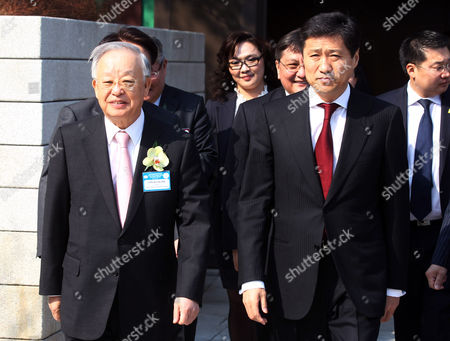 Mongolian Prime Minister Sukhbaataryn Batbold (r) Attends the Korea-mongolia Business Forum in Seoul South Korea 24 March 2011 He Visited Seoul at the Invitation of His South Korean Counterpart Korea, Republic of Seoul