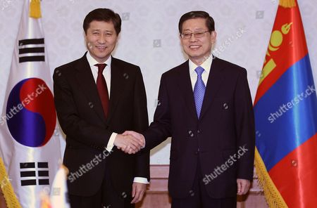 South Korean Prime Minister Kim Hwang-sik and His Visiting Mongolian Counterpart Sukhbaataryn Batbold Pose Prior to Their Talks in Seoul South Korea 24 March 2011 Korea, Republic of Seoul