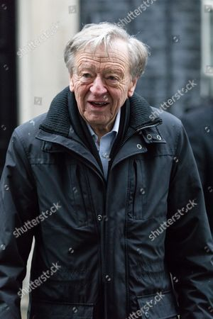 Lord Alf Dubs and supporters with their children deliver a 44,435 strong petition to 10 Downing Street, calling on the Prime Minister Theresa May to reconsider the ending of the Dubs Amendment scheme that allows unaccompanied child refugee migrants a safe passage into the UK. Lord Dubs arrived in the UK himself as a child refugee, along with nearly 10,000 predominantly Jewish children who were fleeing Nazi controlled Europe.
