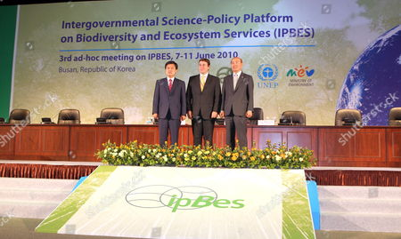 Busan Mayor Hur Nam-sik (l) Unep Secretary-general Akim Stenier (c) and South Korea's Environment Minister Lee Man-eui (r) Pose During the Opening Ceremony of the Unep's 3rd Special Meeting on Inter-governmental Science-policy Platform on Biodiversity and Ecosystem Services at a Busan Convention Center on 07 June 2010 Korea, Republic of Busan