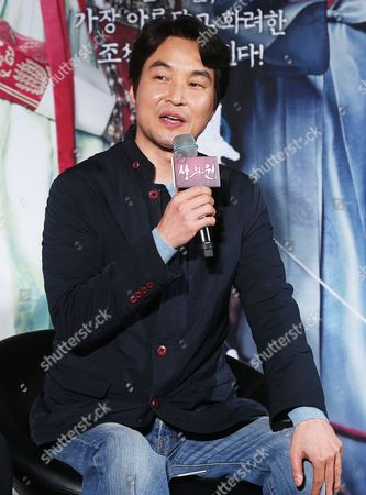 South Korean Actor Han Suk-kyu Speaks During a Press Conference to Promote the New Film 'The Royal Tailor' the Story of Tailors Making Clothes For the Royal Family During the Joseon Dynasty (1392-1910) in Seoul South Korea 26 November 2014 Korea, Republic of Seoul