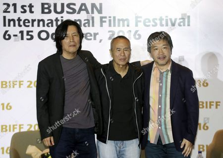 International Award-winning Film Directors From South Korea Japan and Taiwan Pose For Photos After a Forum During the Busan International Film Festival (biff) in Busan South Korea 10 October 2016 the Three Directors Talked About Solidarity Among Asian Film Industries Such As Creating a Fund For Shooting Arthouse Movies From Left to Right Are Lee Chang-dong of South Korea Hou Hsiao-hsien of Taiwan and Hirokazu Koreeda of Japan Korea, Republic of Busan