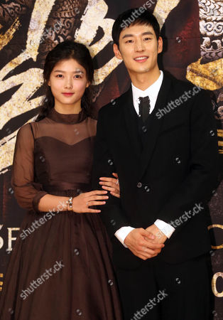 South Korean Actress Kim You-jung (l) and Actor Lee Je-hoon Attends an Event in Seoul South Korea 18 September 2014 to Promote the New Sbs Drama 'Secret Door ' the Story of King Yeongjo and Crown Prince Sado Conflicting Each Other with the King Seeking Strong Royal Authorioty and the Prince Insisting on Equality For the People Korea, Republic of Seoul