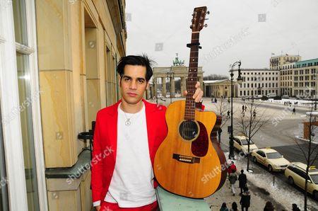Israeli musician, Aviv Geffen