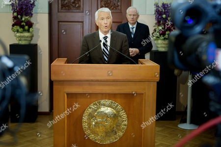 Chairman of the Norwegian Nobel Committee Thorbjoern Jagland Watched by Geir Lundestad (r) Secretary of the Committe and Director of the Nobel Institute Announces That Us President Barack Obama Has Won the 2009 Nobel Peace Prize in Oslo Norway 09 October 2009 Norway Oslo