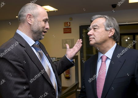 Un High Commissioner For Refugees Antonio Guterres (r) Talks with Norwegian Minister For Labour and Social Inclusion Dag Terje Andersen (l) During a Meeting in Oslo 15 October 2008 Norway Oslo