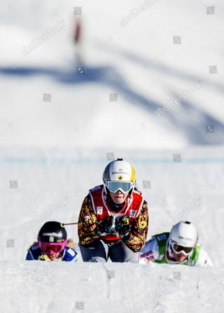 Marielle Thompson of Canada Skies to Win the Final Ahead of Swedens's Sandra Naslund (l) and Alizee Baron (r) of France During the Freestyle Ski Cross World Cup in Idre Sweden 14 February 2016 Sweden Idre