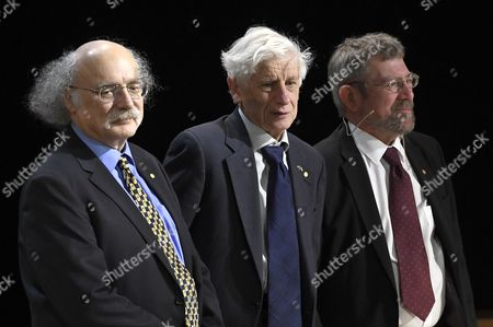 The Nobel Prize in Physics Laureates: F Duncan M Haldane(l) David J Thouless (c) and J Michael Kosterlitz Pose For a Picture During Their Nobel Lectures at the Aula Magna Lecture Hall at the Stockholm University in Stockholm Sweden 08 December 2016 the Nobel Prize Award Ceremony 2016 Will Happen on 10 December 2016 Sweden Stockholm
