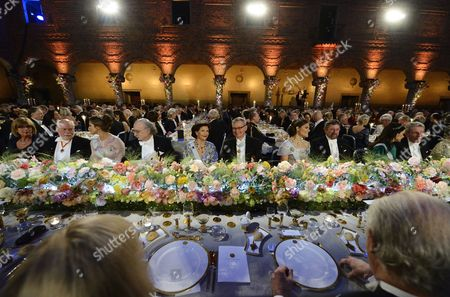 (l-r) Seated the Table of Honour: Elisabeth Bootsma Chemistry Laureate J Fraser Stoddart Princess Madeleine Physics Laureate Duncan Haldane Queen Silvia Carl-henrik Heldin Chairman of the Nobel Foundation Crown Princess Victoria Physics Laureate Michael Kosterlitz Princess Sofia and Physics Laureate Jean-pierre Sauvage During the 2016 Nobel Prize Award Banquet During the 2016 Nobel Prize Award Ceremony at the Stockholm Concert Hall in Stockholm Sweden 10 December 2016 Sweden Stockholm