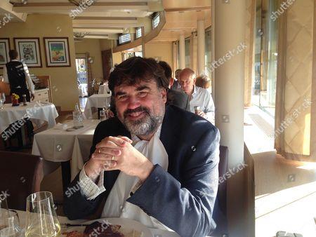 Martin Samuel Visits Restaurant Sonnenberg Zurich Where Disgraced Fifa President Sepp Blatter Would Often Dine. David Elleray Sitting On The Table Behind.