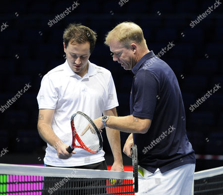 Stuart Fraser Gets A Lesson Off Mark Petchey Tennis Preview O2 Arena.