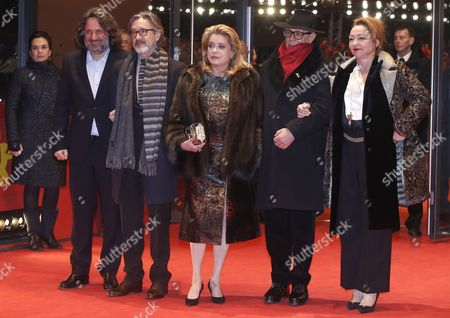 (L-R) French producer Olivier Delbosc, French director Martin Provost, French actress Catherine Deneuve, Festival director Dieter Kosslick and French actress Catherine Frot arrive or the premiere of 'Sage Femme' (The Midwife) during the 67th annual Berlin Film Festival, in Berlin, Germany, 14 February 2017. The movie is presented in the Official Competition at the Berlinale that runs from 09 to 19 February.