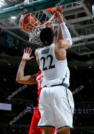 Miles Bridges, Trevor Thompson Michigan State's Miles Bridges (22) throws down a reverse dunk against Ohio State's Trevor Thompson during the second half of an NCAA college basketball game, in East Lansing, Mich. Michigan State won 74-66