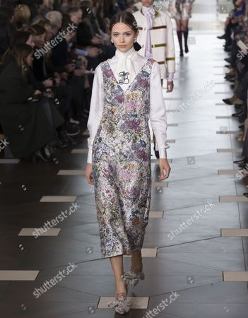Stock Picture of Alena Podloznaya on the catwalk