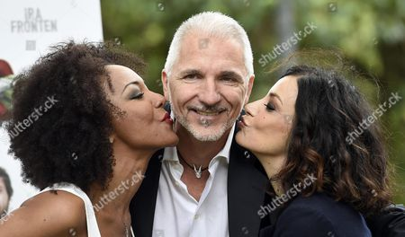 Italian Filmmaker Giorgio Amato (c) Poses with Actresses and Cast Members Alessia Barela (r) and Ira Fronten (l) During the Photocall For the Movie 'Il Ministro' in Rome Italy 28 April 2016 the Movie Will Be Released in Italian Theaters on 05 May Italy Rome