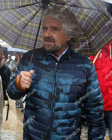 5-star Movement Founder and Comedian Beppe Grillo Attends the Funeral of Italian Playwright and 1997 Nobel For Literature Winner Dario Fo Outside Milan's Duomo Gothic Cathedral in Milan Italy 15 October 2016 Fo Died at Age 90 in Milan Italy Milan