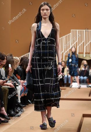 Belgian Model Yumi Lambert Presents a Creation by Tod's During the Milan Fashion Week in Milan Italy 26 February 2016 the Fall-winter 2016/2017 Women's Collections Are Presented at the Milano Moda Donna From 24 to 29 February Italy Milan