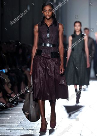 Stock Picture of Models Present Creations From the Spring/summer 2017 Collection by German Designer Tomas Maier For Italian Fashion House Bottega Veneta During the Milan Fashion Week in Milan Italy 24 September 2016 the Women's Collections Are Presented at the Milano Moda Donna From 21 to 26 September Italy Milan