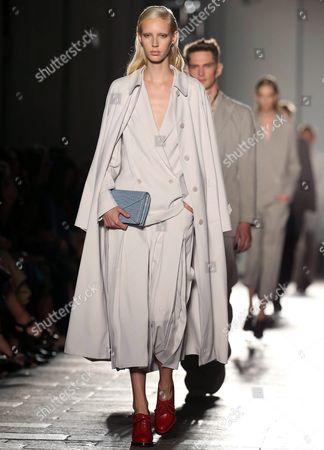 Stock Photo of Models Present Creations From the Spring/summer 2017 Collection by German Designer Tomas Maier For Italian Fashion House Bottega Veneta During the Milan Fashion Week in Milan Italy 24 September 2016 the Women's Collections Are Presented at the Milano Moda Donna From 21 to 26 September Italy Milan