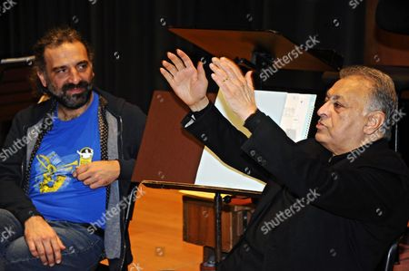 Indian Maestro Zubin Mehta (r) the Chief Conductor of the Maggio Musicale Fiorentino Festival and Italian Jazz Pianist Stefano Bollani (l) Attend the Presentation to the Press of Their Concert 'An Experiment of Modern Music' in Florence Italy 26 January 2016 the Concert is Scheduled to Be Held at the Nelson Mandela Forum in Florence on 29 January Italy Florence