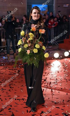 Stock Image of Italian Singer Irene Fornaciari Arrives on the Red Carpet For the 66th San Remo Italian Song Festival Outside the Ariston Theatre in Sanremo Italy 08 February 2016 the Festival Will Run From 09 to 13 February Italy Sanremo