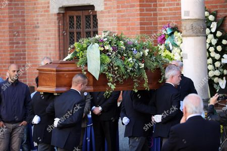 The Coffin of Gianroberto Casaleggio is Carried to a Funeral Ceremony at the Santa Maria Delle Grazie Church in Milan Italy 14 April 2016 Gianroberto Casaleggio the Co-founder of the Anti-establishment 5-star Movement (m5s) Died on 12 April 2016 in Milan at the Age Og 61 Italy Milan