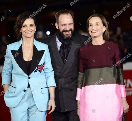 (l-r) French Actress Juliette Binoche British Actor Ralph Fiennes and British Actress Kristin Scott-thomas Arrive For the Screening of 'The English Patient' at the 11th Annual Rome Film Festival in Rome Italy 22 October 2016 the Film Festival Screened 'The English Patient' Directed by British Filmmaker Anthony Minghella (1954-2008) on the Occasion of 20th Anniversary of the Movie's Release the Festival Runs From 13 to 23 October Italy Rome