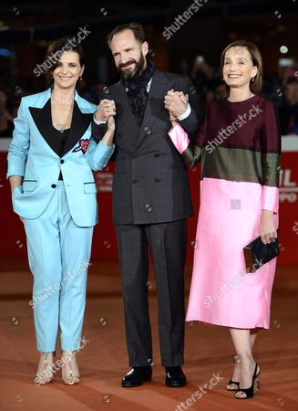 Stock Photo of (l-r) French Actress Juliette Binoche British Actor Ralph Fiennes and British Actress Kristin Scott-thomas Arrive For the Screening of 'The English Patient' at the 11th Annual Rome Film Festival in Rome Italy 22 October 2016 the Film Festival Screened 'The English Patient' Directed by British Filmmaker Anthony Minghella (1954-2008) on the Occasion of 20th Anniversary of the Movie's Release the Festival Runs From 13 to 23 October Italy Rome
