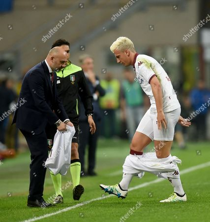 Torino's Forward Maxi Lopez (r) Changes His Shorts During Their Serie a Soccer Match Fc Internazionale Vs Torino Fc at the Giuseppe Meazza Stadium in Milan Italy 3 April 2016 Italy Milan
