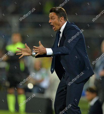 Pescara's Head Coach Massimo Oddo Reacts During the Italian Serie a Soccer Match Pescara Vs Fc Inter at Adriatico Stadium Giovanni Cornacchia in Pescara Italy 11 September 2016 Italy Pescara
