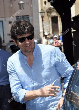Italian Actor Fabio De Luigi Arrives For the 'Campus' with Students As Part of the 62nd Annual Taormina Film Festival Taormina Sicily Island Italy 18 June 2016 the Festival Runs Until 18 June Italy Taormina