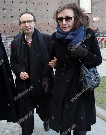 Italian Actor-director Roberto Benigni (l) with His Wife Nicoletta Braschi Walks in the Courtyard of the 15th-century Sforza Castle to Attend the Funeral of Italian Author Umberto Eco in Milan Italy 23 February 2016 the Non-religious Funeral of the Writer and Academic is to Be Held in the Courtyard Eco Died at the Age of 84 on 19 February After a Battle with Cancer Italy Milan