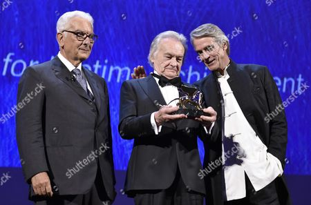 Polish Film Director Jerzy Skolimowski (c) Poses with Biennale President Paolo Baratta (l) and British Actor Jeremy Irons During the Golden Lion For Lifetime Achievement Award Ceremony of the 73rd Annual Venice International Film Festival in Venice Italy 31 August 2016 the Festival Runs From 31 August to 10 September Italy Venice