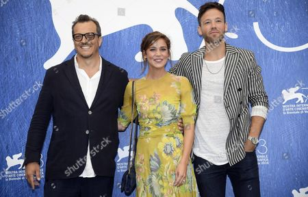 Italian Director Gabriel Muccino (l) Italian Actress Matilda Lutz (c) and Us Actor Taylor Frey (r) Pose During a Photocall For 'L'estate Addosso' (summertime) at the 73rd Venice Film Festival in Venice Italy 01 September 2016 the Movie is Presented in the 'Cinema Giardino' Section at the Festival Running From 31 August to 10 September Italy Venice